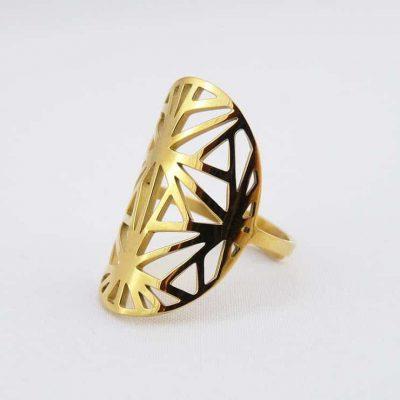 Gros modele ovale triangle de coté or
