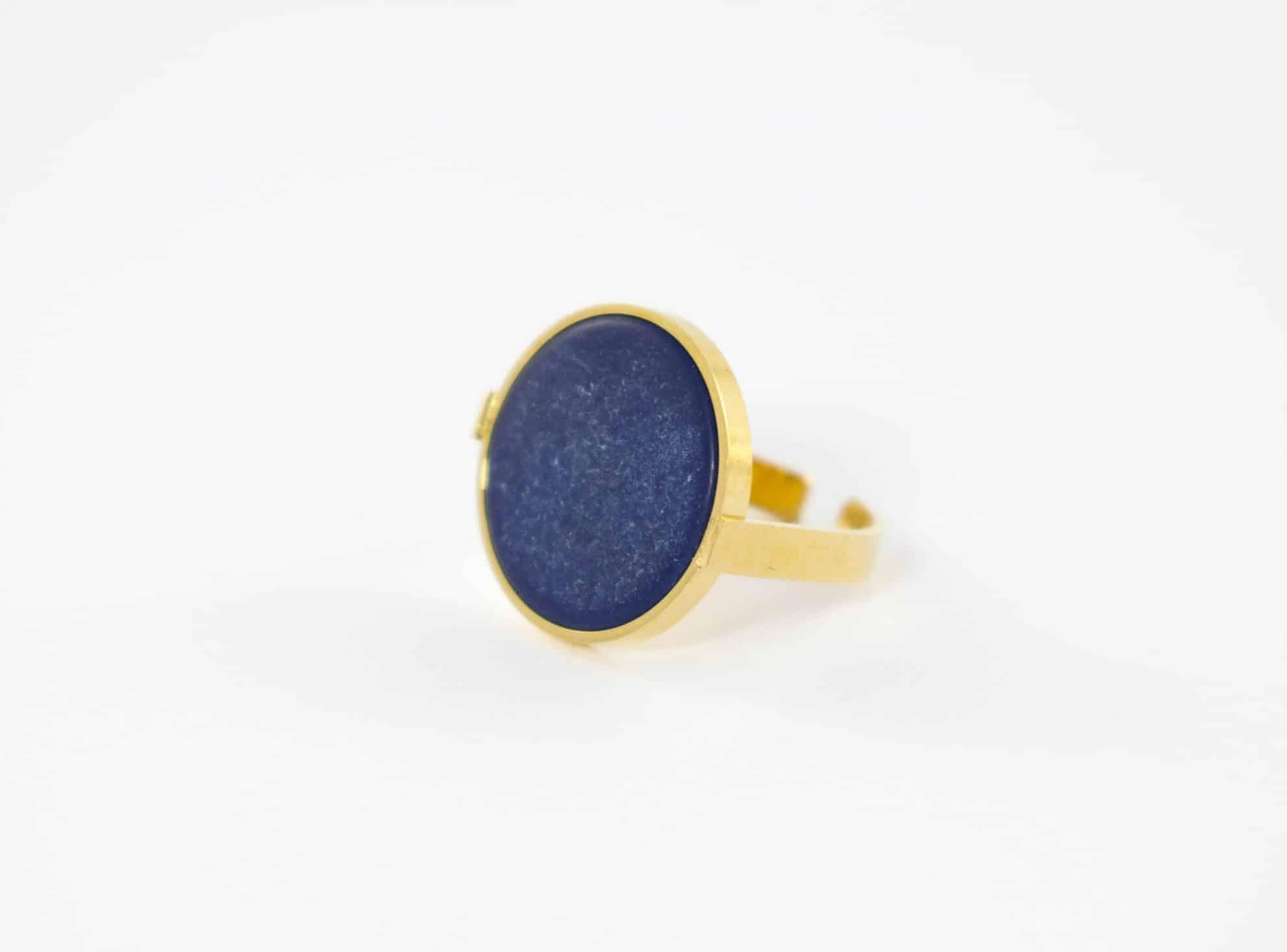 Connu Bague pierre semi-précieuse naturelle ronde bleu foncé , acier  QG06