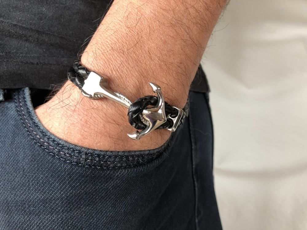 68a340fd5fd Bracelet homme cuir noir avec ancre marine